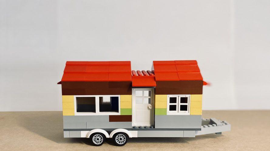 小型のトレーラーハウスと車の関係